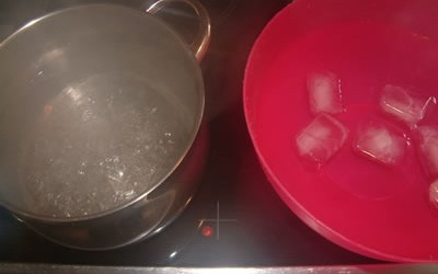 Hot & Cold water.